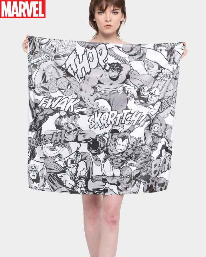 marvel-pattern-scarf